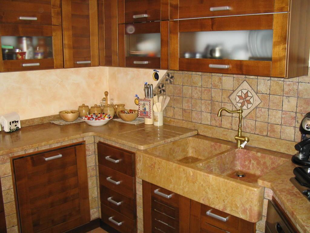 Realizzazioni cucine in muratura - Stufe e camini Catania, Stufe e ...
