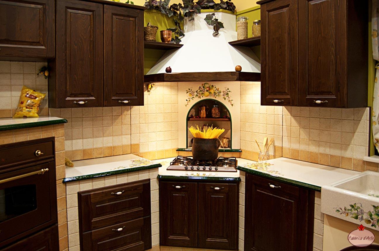 Emejing Cappe Classiche Per Cucina Contemporary Ideas ...